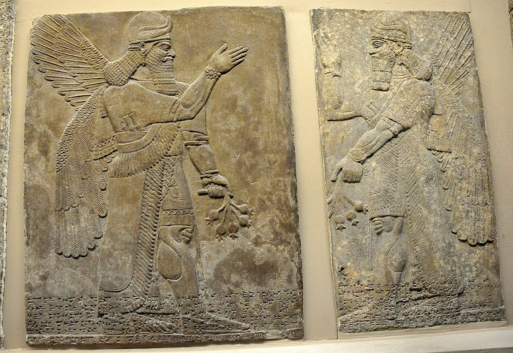 A_pair_of_protective_spirits,_Apkallu,_from_Nimrud..JPG